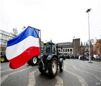 تظاهرات للمزارعين وعمال البناء بهولندا رفضًا لسياسات الحكومة مع التلوث