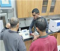 صور| صيانة أجهزة التحاليل الطبية بمستشفيات جنوب سيناء