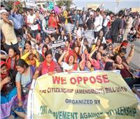حظر تجول بمدينة هندية وحجب الإنترنت بعد مقتل 2 في احتجاجات