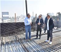 فيديو وصور| السيسي يتفقد الأعمال الإنشائية لتطوير طرق مصر الجديدة