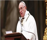 في رسالة عيد الميلاد.. بابا الفاتيكان يدافع عن المهاجرين ويدعو لرفع الظلم عنهم