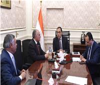 رئيس الوزراء يناقش مع وزير الري ملفات ترشيد استهلاك المياه وتأهيل الترع
