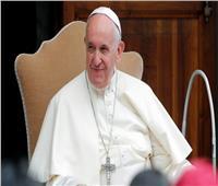 بالفيديو| بابا الفاتيكان معتذرا عن صفعه امرأة: «كنت مثال سيء»