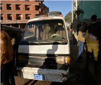 محافظ أسيوط يضبط سيارتان ميكروباص بدون لوحات يسيران عكس الإتجاه