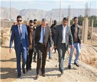 محافظ سوهاج يتفقد منطقة آثار الحواويش بأخميم