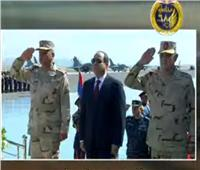 فيديو| الرئيس السيسي يرفع علم مصر على قاعدة برنيس العسكرية
