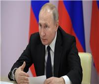 بوتين يطلب من ميدفيديف تصريف الأعمال حتى تشكيل حكومة جديدة