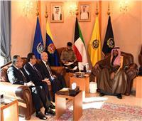 «العصار» يلتقي وزير الدفاع الكويتي ويتفقد معرض «الكويت الدولي للطيران 2020»