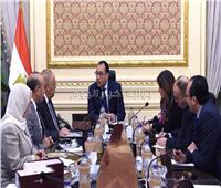 رئيس الوزراء يتابع موقف تأثيث مقار الوزارات بالعاصمة الإدارية الجديدة