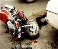 مصرع شاب في تصادم سيارة نقل بدراجة بخارية بالبحيرة