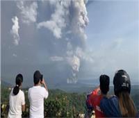 الفلبين: نستعد لأزمة طويلة في ظل استمرار ثوران بركان «تال»