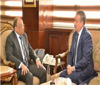 وزير التنمية المحلية يبحث مع محافظ المنوفية تنفيذ المشروعات الخدمية