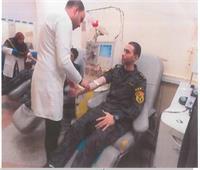 وفد من ضباط ومجندى قطاع الأمن المركزي يزور المرضى بمعهد الأورام