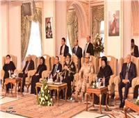 البابا تواضروس يستقبل محافظ الإسكندرية للتهنئة بعيدي الميلاد والغطاس