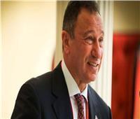 محمد عباس: الخطيب «بيدّور» على قدامى الأهلي ويساعدهم