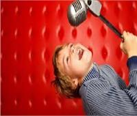 خبير نفسي يكشف التخوفات من انعكاسات برامج «اكتشاف المواهب» على الطفل