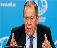 """لافروف يحذر من مخاطر إجراءات """"الناتو"""" في الفضاء والمجال السيبراني"""