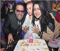 صور| البدري وعمرو يسري وصوفيا يحتفلون بعيد ميلاد ابنة ندى عبد الله