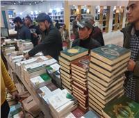 """""""على كل شكل ولون"""".. معرض القاهرة للكتاب يشهد توافد الجنسيات المختلفة"""