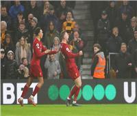 فيديو| الشوط الأول.. ليفربول يتقدم برأس «هندرسون» على وولفرهامبتون