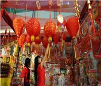الصينيون يحتفلون بعام «الفأر» وسط قلق وحذر بسبب انتشار فيروس «كورونا»