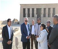 محافظ قنا يوجه رسالة لكل المصريين من معبد دندرة
