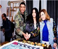 غادة عبد الرازق تحتفل بـ «حفلة 9»
