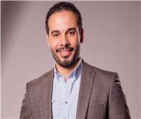 عزوز عادل يدخل «حفلة 9» مع غادة عبد الرازق