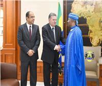 الرئيس الجابونييلتقي بوزير قطاع الأعمال