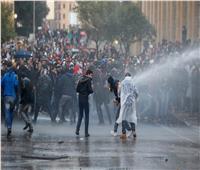 اشتباكات بين محتجين وقوات الأمن بمحيط البرلمان اللبناني