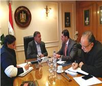 وزير قطاع الأعمال يبحث مع الرئيس التنفيذي لهيئة الاستثمار الترويج لفرص استثمارية