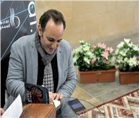 بهاء عبد المجيد يحتفل بـ«القطيفة الحمراء» في معرض الكتاب
