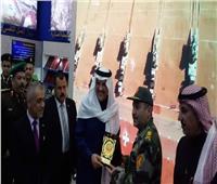 السفير السعودي بالقاهرة يزور معرض الكتاب