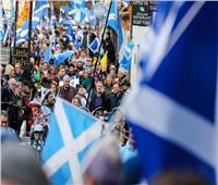 عاجل  البرلمان الاسكتلندي يوافق على إجراء استفتاء للانفصال عن بريطانيا