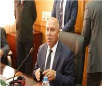 وزير النقل: الرئيس السيسي صدق على 10 مليارات جنيه لتطوير الطرق الداخلية بالمحافظات