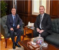 محافظ الإسكندرية يبحث سبل تعزيز العلاقات مع سفير نيوزيلندا