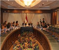 اجتماع تنسيقي بين وزيري الطيران المدني والسياحة والآثار