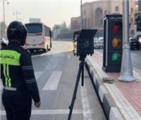 صور  نشر رادارات لمراقبة السرعة في محاور مصر الجديدة