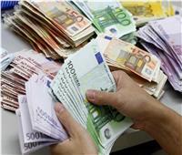 تراجع أسعار العملات الأجنبية بالبنوك.. واليورو يسجل 17.20 جنيه