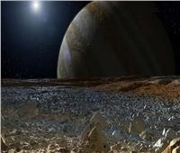 هل توجد مخلوقات على سطح قمر كوكب المشتري؟ عالمة بريطانية تكشف