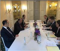 وزير الخارجية ونظيره الدنماركي يبحثان العلاقات الثنائية والقضايا المشتركة