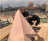 «وزيري» يتفقد أعمال الترميم الدقيق لمسلة ميدان التحرير