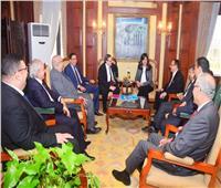 وزيرة الهجرة تبحث مع وفد من المصريين بالخارج مشاركتهم في مدينة طبية عالمية