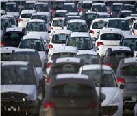 عقب انخفاض الأسعار.. توقعات بانفراجة في مبيعات السيارات