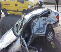 مصرع سائق وإصابة ضابط شرطة وسيدة وطفل في حادث بطريق السويس