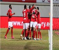 السوبر المصري | فايلر يعقد جلسة مع لاعبي الأهلي قبل انطلاق المران