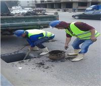 الانتهاء من إصلاح كسر بماسورة صرف صحي بمدينة نصر