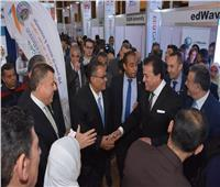 بالصور.. إقبال كثيف على جناح جامعة عين شمس بمعرض EDU Gate