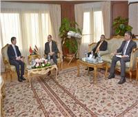 وزير الطيران المدني يلتقي سفير الصين بمصر