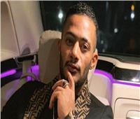 محمد رمضان ضيف وائل الابراشي في أولى حلقات «العاشرة»